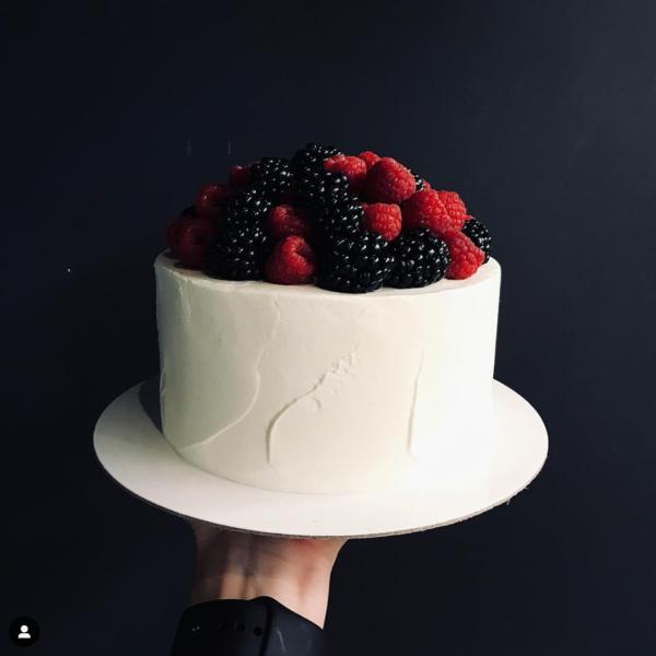 Торт с горой ягод, 2-9kg