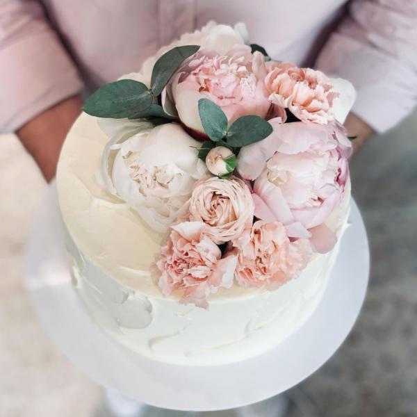 Торт с живыми цветами, 2-9kg
